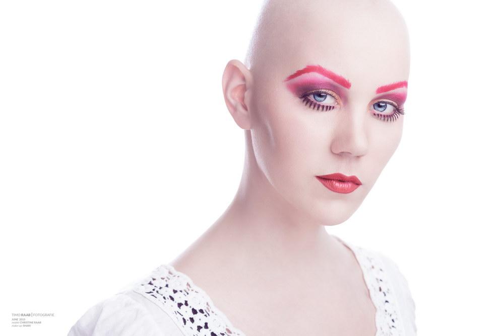 Christine Raab extrem geschminkt