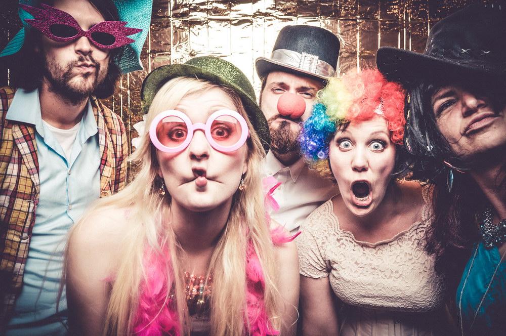 hochzeit-christine-timo-raab-hippie-festival-428