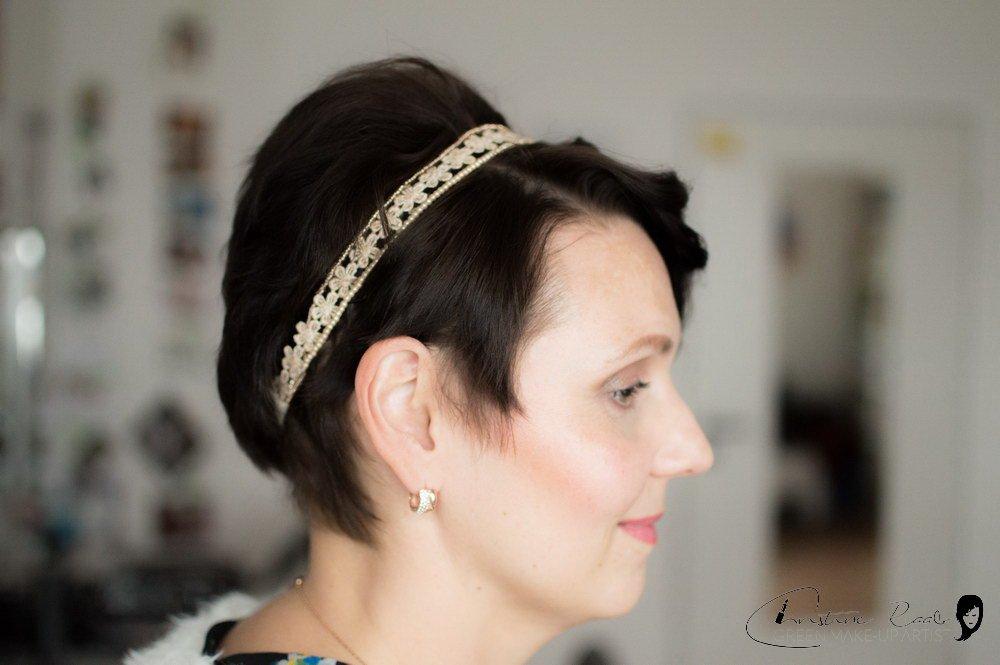 Brautstyling kurze Haare Haarschmuck