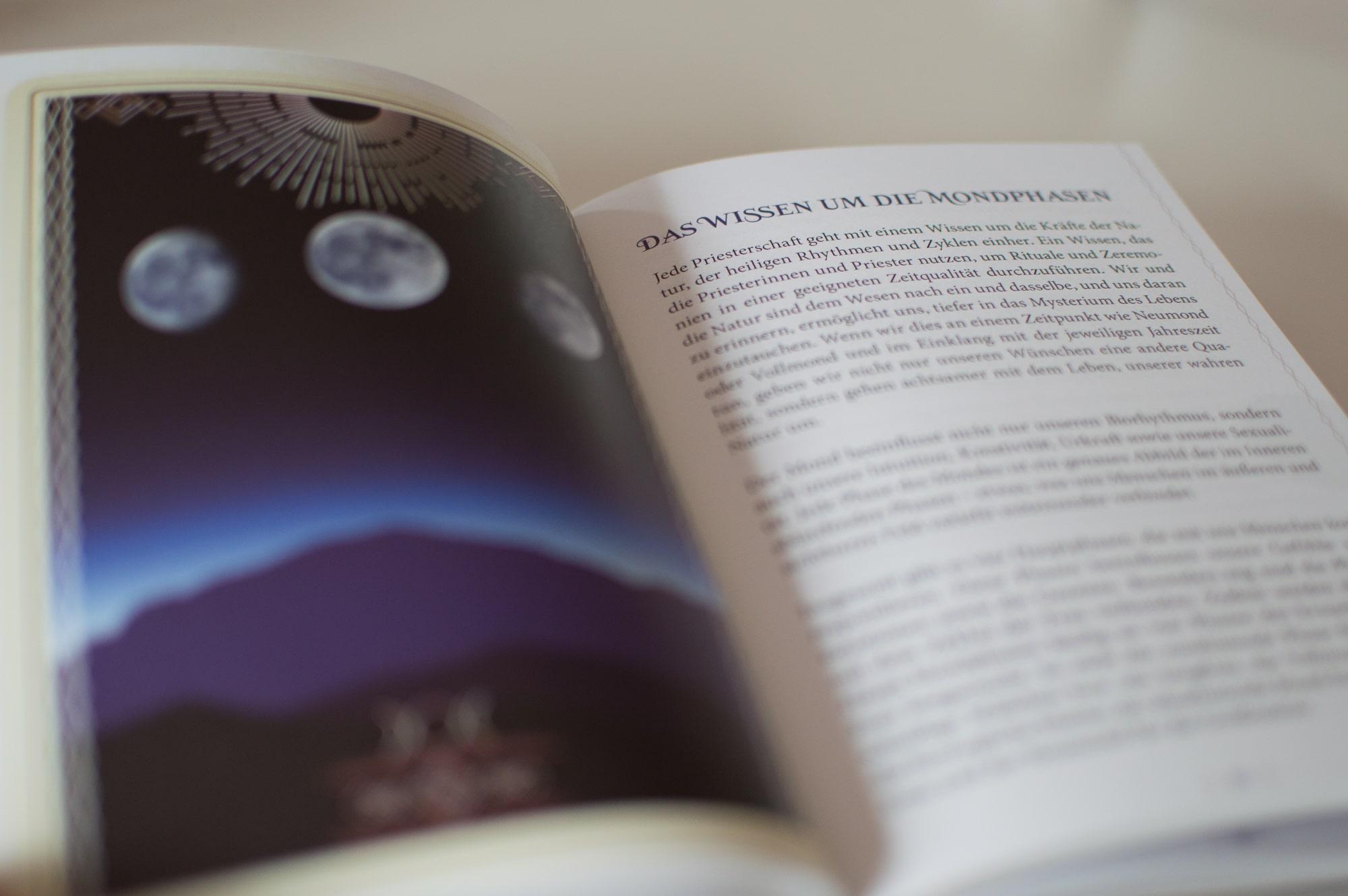 Mondpriesterschaft, Buch, Schirner Verlag, Rituale, Mond