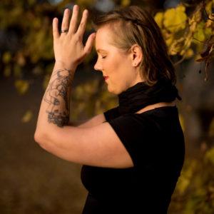 Christine Raab Namaste Dankbarkeit Ganesha Tattoo